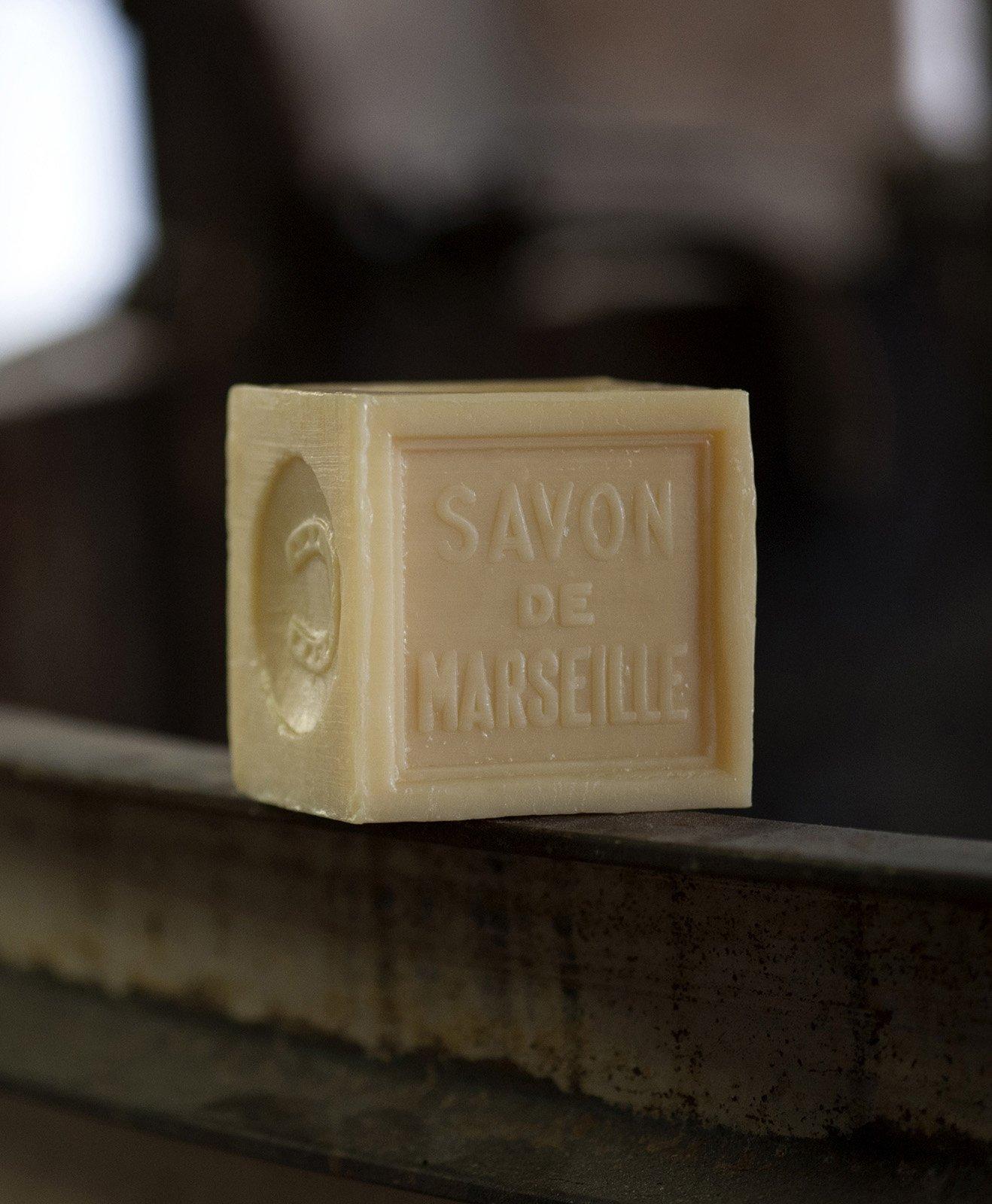 Authentique savon de Marseille Fer à Cheval végétal